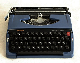 Vintage typewriter, Brother Deluxe 240T, made in Japan, working condition, blue typewriter, 1970s typewriter, retro office decor