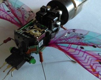 Electronic art Giant insect sculpture hand made