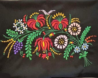 Hand embroidered hungarian pillow case