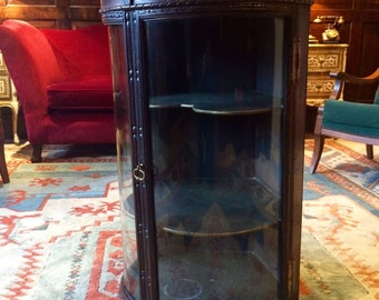 Stunning Antique George III 1750's Original Corner Hanging Cabinet