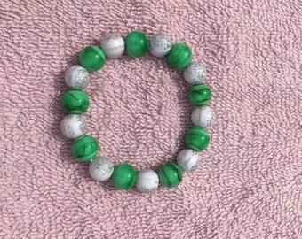 Green/White Beaded Stretch Bracelet