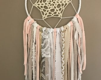 DreamCatcher, catches dreams Bohemia Girly pink