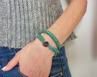 Turquoise woven seed beads and leather Wrap bracelet