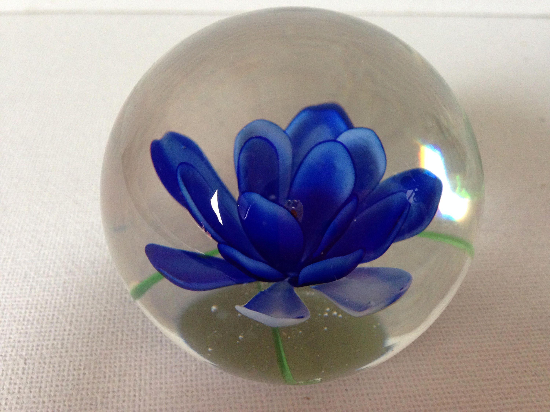 Round Glass Paperweight Flower Paperweight Flower Paper Weight