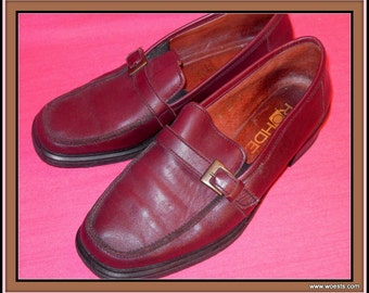 Vintage red leather women's shoes of the brand Rohdes in size 38,5. Genuine leather shoes for women.