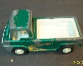 """1969 Tootsietoy Green Pick Up Truck Pressed Steel Metal Vehicle - Needs Restoration Lots of Wear And Paint Chipping  3.5"""" Long"""