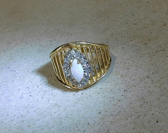 Vintage 18kt Heavy Gold Plate Natural Opal & CZ Diamond Ring Size 9