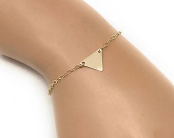 Everyday Triangle Bracelet - Dainty Geometric Bracelet - Simple Bracelet