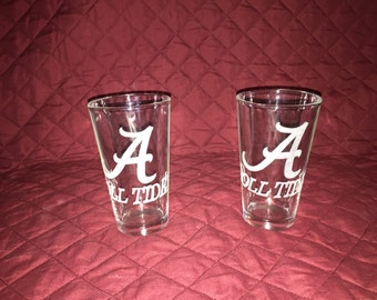 2 Hand Etched University of Alabama Pint glasses!