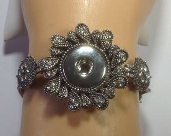 On Sale...New...Antiqued  SILVER SNAP BRACELET...Multi Strand...clear rhinestones 18-20mm snaps