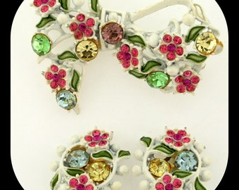 Vintage Unsigned Multi Color Rhinestone White Plated BROOCH + Clip On EARRINGS