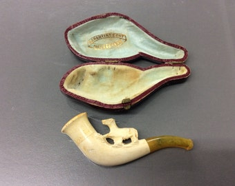 Vintage meerschaum horse tobacco pipe in case