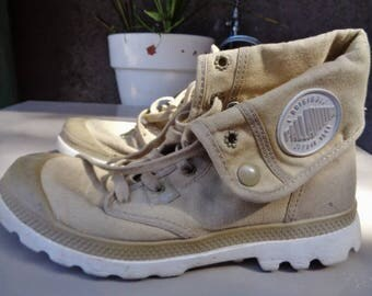 "Men   ""PALLADIUM"",vintage Palladium US size 8,UK size 7"