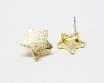 E0098/Anti-Tarnished Matte Gold Plating Over Pewter/Textured Chubby Star Earrings /12x12mm/1 pair