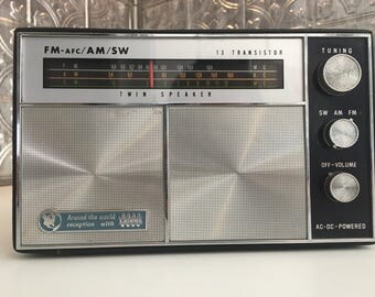 AM/FM/SW Twin Speaker 13 Transistor Ross Radio - Vintage, Working