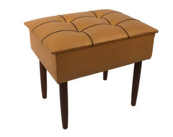 Vintage 1960s sewing box/stool with legs in teak. Mid century