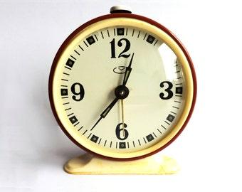 "Vintage russian alarm clock ""Vytyaz"". Soviet Alarm clock. Vintage alarm clock. Working Vintage clock. USSR alarm. Alarm clock. soviet clock"