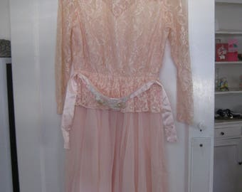 1980's Lace Dress/ Peachy/ Pink