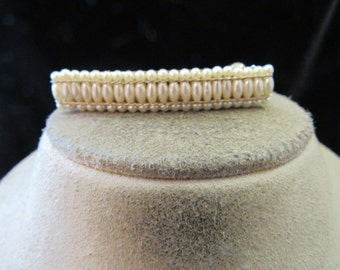 Vintage Goldtone & Off White Faux Pearl Hair Barrett