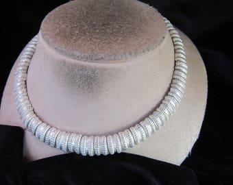 Vintage Silvertone Linked Collar Necklace