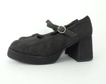 Vintage Black Mary Jane Heels Size 5.5M, Black Heels, Fabric Heels, Black Fabric, Bass Heels, Mary Janes, School Girl Shoes, Black Shoes