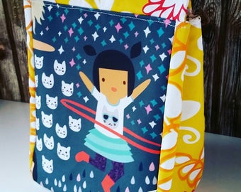 Insulated Lunch Bag,Hula Hoops,Dancing Girls, Reuseable Lunch Bag,Back to School,Gifts for Kids,Gifts for Teens,Birthday Gifts,Travel Gifts