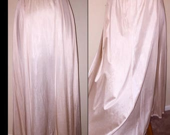 Vintage OLGA Lace Top 6 Gore Panel CARMEL Creme Half Slip Skirt sz Small / Medium