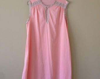 Vintage Pink Nightie with lace collar