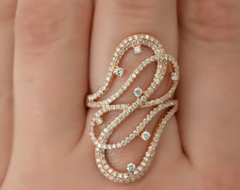 Romantic Rose Gold Ring with Diamonds