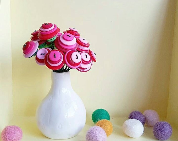little button bouquet - pink and red