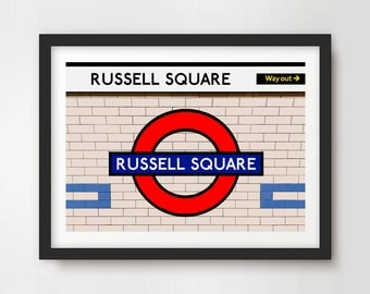 how to get to russell square by train