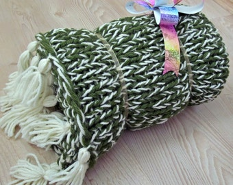 Green Knıtted Shawl, Chunky Knıt Shawl, Chunky Knıt Scarf, Chunky Wool Shawl, Chunky Wool Scarf, Chunky Shawl, Chunky Scarf, Green Shawl!!!
