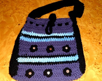 TOTE SHOULDER BAG in crochet.