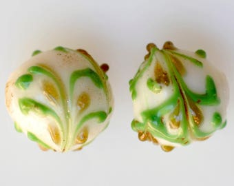 Antique Venetian Fancy Beads in Excellent Condition - White with Green & Gold - 14mm - Qty 1