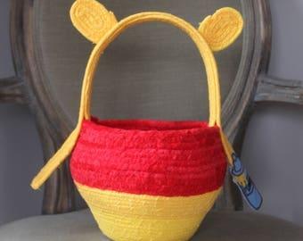 Winnie the Pooh clothesline rope basket