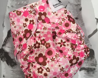 One size cloth diapers. OS cloth diaper, OS cloth diaper, OS pocket diaper, Pink flowers pocket diaper