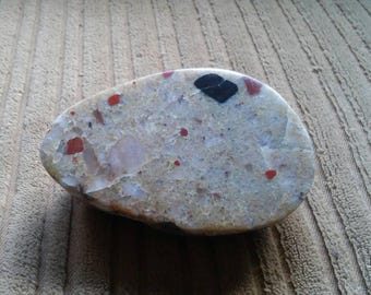 Semi Rough Half Polished Pudding Stone