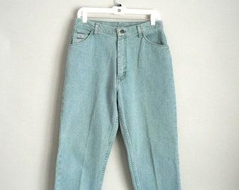 Womens High Waist Jean Size 12 Short by Wrangler