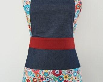 Denim & flowers apron. Modern Apron. Navy blue denim/flowers/Red apron. Cotton Apron. Women's apron