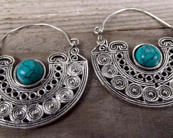 Silver stone earrings,tribal turquoise earrings, stone earrings,tribal earrings with turquoise, turquoise stone earrings, silver earrings.