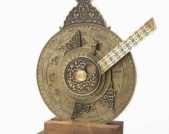 Nocturnal Lunar Timepiece - Renaissance Nautical Science - Steampunk Device