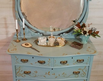 Dresser, Bedroom Dresser, Vintage Dresser, Dresser with Mirror, Bedroom Furniture, Painted Dresser, Heirloom Dresser, Ladies Dresser