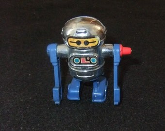 Robot wind up vintage 1979 toy by Tomy made in Taiwan
