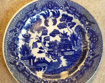 """Blue Willow Pattern made in Japan 6"""" plate"""