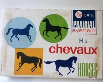 Prairial System H3 Chevaux Horse Trotting  1/31 54mm Model Kit
