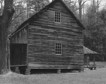 Black & White cabin // Cades Cove // Smoky Mountains National Park