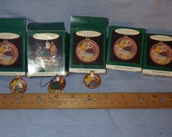 Hallmark Keepsake Miniatures Santa