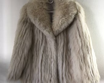Real polar fox fur warm coat soft and fluffy fur with high collar vintage retro design short women's festive look old coat white size-large.