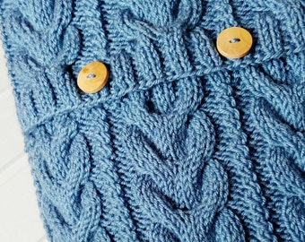 Blue Cable knitted Pillow Cover. Hand Knit 16x16 inches (40x40 cm). Hand Knitted Pillow Case. Sweater Pillow. Home Decor