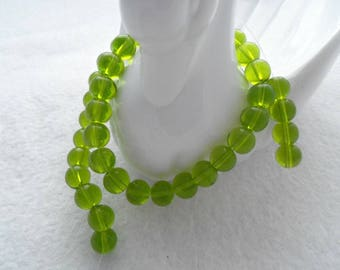 Strand of 8 mm Glass Beads - Deep Mossy Green (1088)